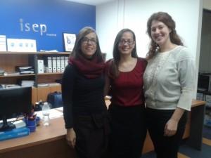 Nuria (a la izquierda de la imagen), con el equipo de coordinación de Máster de ISEP